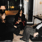Maria del Mar Bonet, Mikis Theodorakis i Maria Farandouri a casa del músic grec l'any 2000