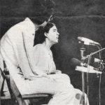 Recital de Maria del Mar Bonet al festival 6 hores de Canet. Fotografia de la Vanguardia, estiu 1976
