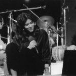 Maria del Mar Bonet durant el recital a la Plaça del Rei de Barcelona, estiu 1985
