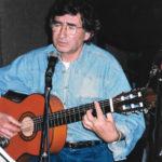Joan Ramon Bonet durant un assaig d' El Cor del temps. Autor desconegut