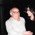 Iago Pericot, director artístic del concert El Cor del temps i Maria del Mar Bonet durant un dels assaigs.