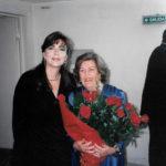 Maria del Mar Bonet amb Imperio Argentina el dia del concert amb l'Orquestra de Córdova (autor desconegut)