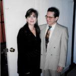 Maria del Mar Bonet amb Leo Browne, director de l'Orquestra de Córdova, març de 1994 (autor desconegut).