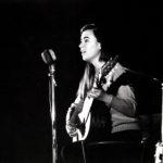 """Maria del Mar Bonet durant el concert on es presentava la """"Novíssima Cançó"""" al Palau de la Música Catalana de Barcelona, l'11 d'octubre del 1967. (Fotografia Pep Puvill)"""